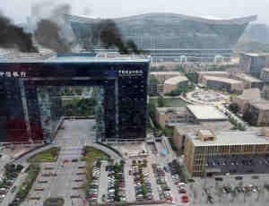 场景中燃烧的烟雾、浓烟效果Photoshop笔刷素材