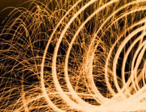 漂亮的火花溅射、绚丽火光Photoshop光影特效笔刷素材
