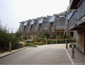 25个利用环保新型材料建站的住宅欣赏