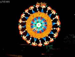 30张美轮美奂的圣诞节彩灯设计