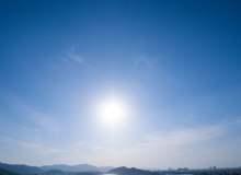 高清蓝天落日照片素材(免费商用JPG照片下载,6240X4160 像素)