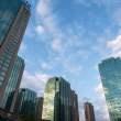 写字楼与蓝天、商业与天空背景图片免费下载(免费正版照片)