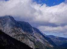 高原大山背景 – 超4K图片下载