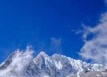 玉龙雪山背景图片 – 4K照片免费商用