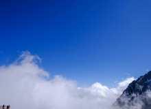 雪山云海背景免费商用照片