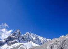 远望雪山峰顶、玉龙雪山峰顶照片背景