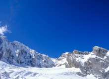 壮丽玉龙雪山背景图片