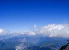 登山眺望背景图片  一览众山小高清图片